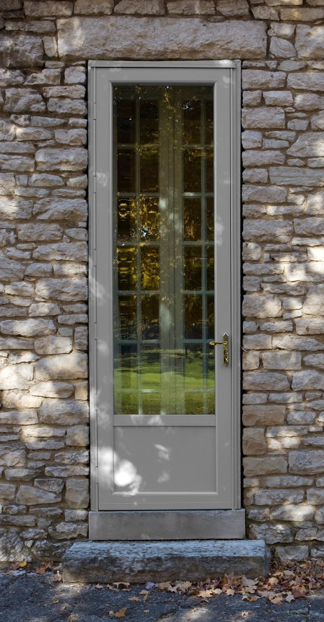 Deluxe-Custom-size-storm-door